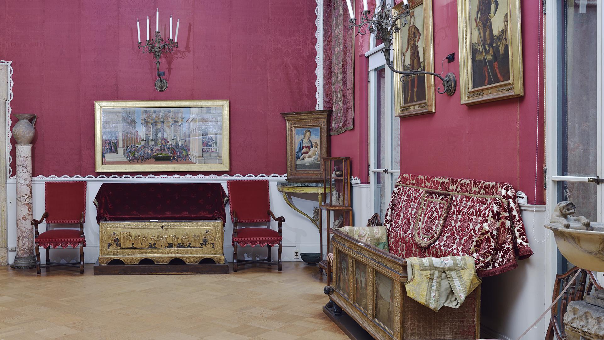 Raphael Room before restoration