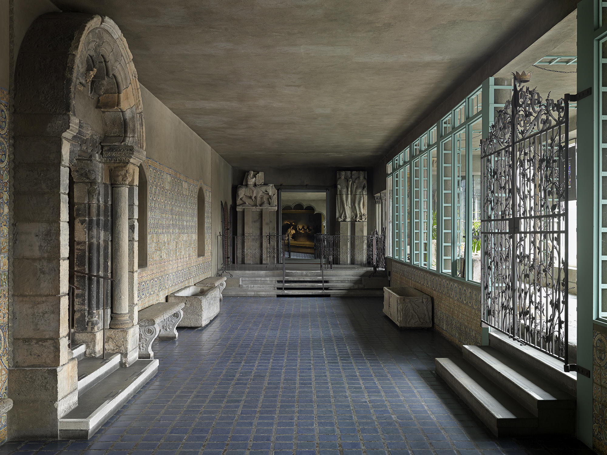 Another view of the Spanish Cloister at the Isabella Stewart Gardner Museum.