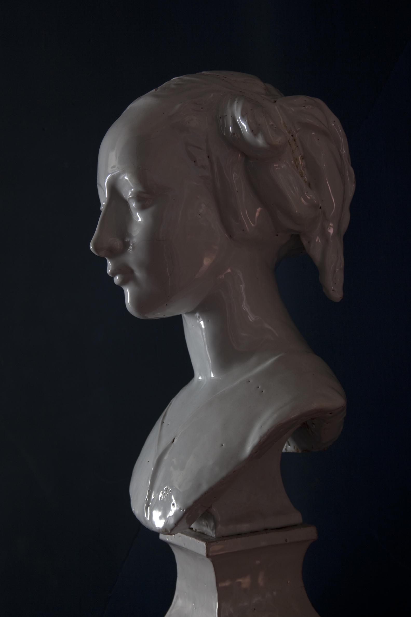 Melvin Moti, digital photograph, Long Gallery 2010. Variable dimensions.